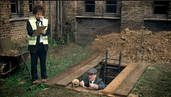 Hamlet and the gravedigger essay